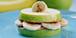 C__Data_Users_DefApps_AppData_INTERNETEXPLORER_Temp_Saved Images_Chiquita-Banana-Apple-Sammies-11-300x152